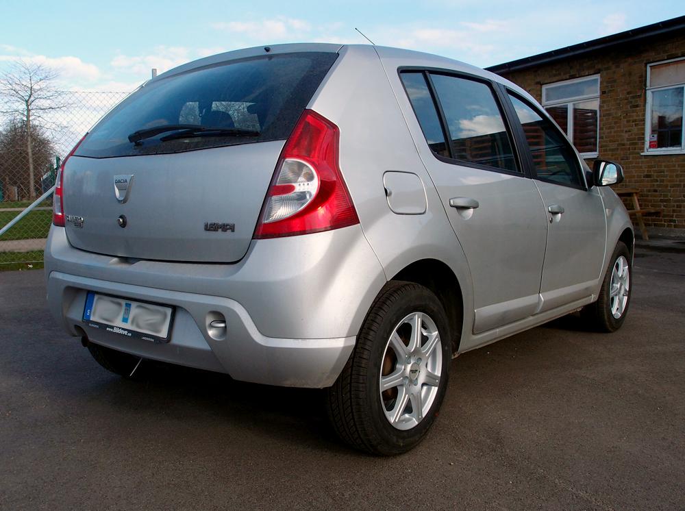 Inter Action Sirius på en Dacia Sandero