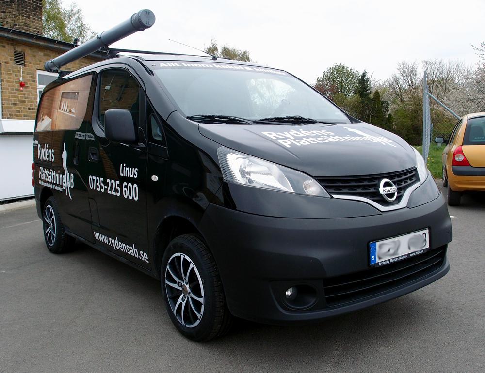 RC Design 18 SMVP på en Nissan NV200