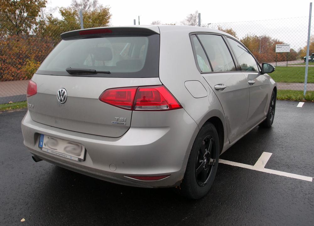 Volkswagen Golf med vinterfälg Rad Tech Snowstar Black